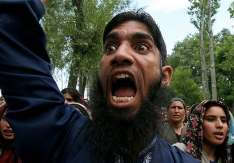 http://balancesheet.files.wordpress.com/2008/03/islamic_rage_boy.jpg